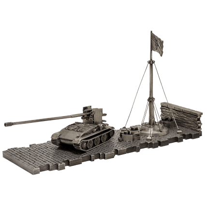 ПТ-САУ Grille 15 (1:72) с диорамными подставками и декоративными элементами
